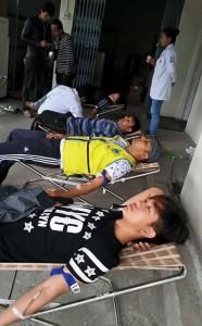 Frivilliga lämnar blod till blodcentraler i Nepal