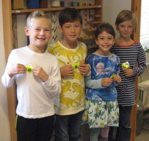 Glada miner hos några av eleverna i årskurs 1 på Montesoriskolan i Staffanstorp.